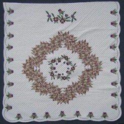 Custom Amish Quilts - Patchwork Rose Wreath Border Applique