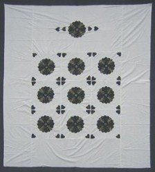 Custom Amish Quilts - Dresden Plate Applique Quilt Top