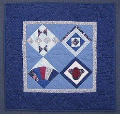 Custom Amish Quilts - Sampler Grandmas Tulip Fan Small Patchwork Wall Hanging Quilt