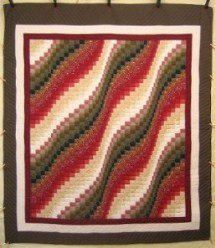 Custom Amish Quilts - Ocean Wave Bargello Patchwork Red Green