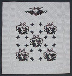 Custom Amish Quilts - Country Wreath Applique Blue Green