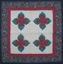 Custom Amish Quilts - Christmas Rose Small Quilt Wall Hanging