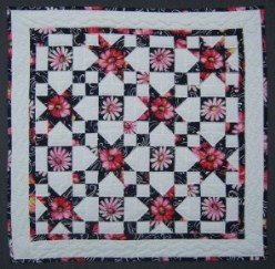 Custom Amish Quilts - Daisy Star Small Quilt Wall Hanging