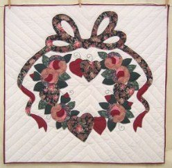 Custom Amish Quilts - Rose Heart Wreath Applique Small Quilt Wall Hanging
