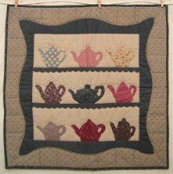 Custom Amish Quilts - Tea Pot Applique Certified Small Quilt Wall Hanging